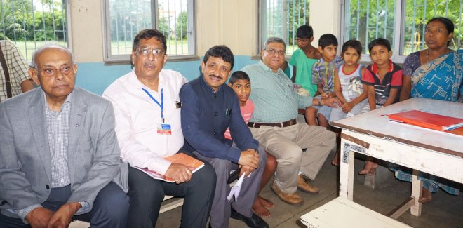 Rotarians with children at the Howrah South Point Home.