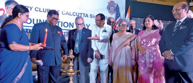 PDGs (D 3281) Sam Showket Hossain, (D 3291) Somendra Nandy, PPs S K Sharma, Nandita Sen, Sonal and RID Kamal Sanghvi at the inauguration of the centennial celebrations.