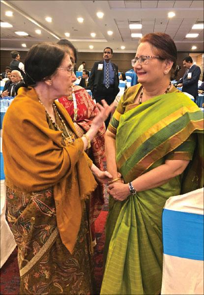 Usha Saboo in conversation with Madhavi Pandya.