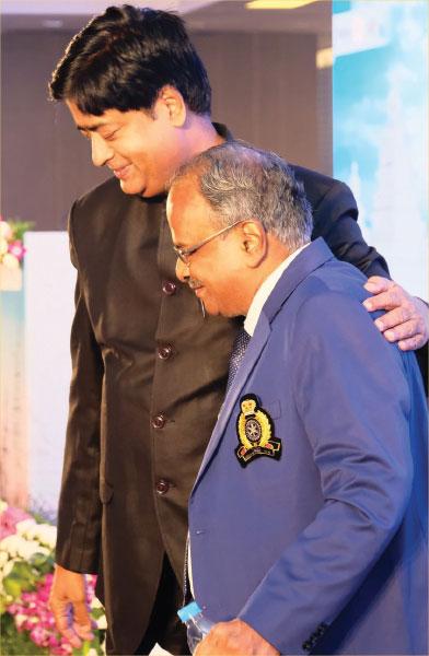 RIDN Venkatesh with DG G Chandramohan.