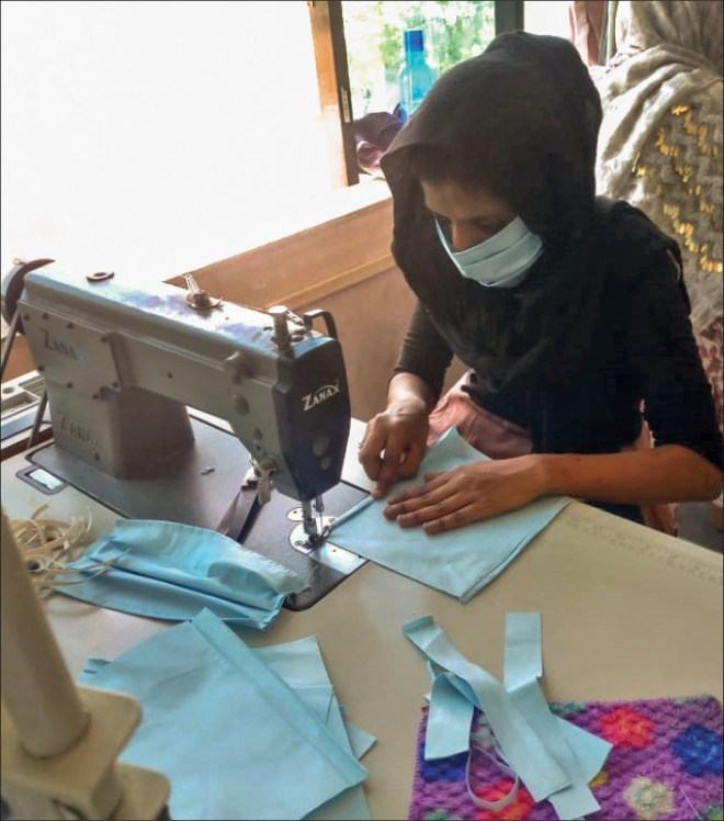 Masks being stitched at the Rotary Women's Empowerment Centre of RC Ankleshwar.