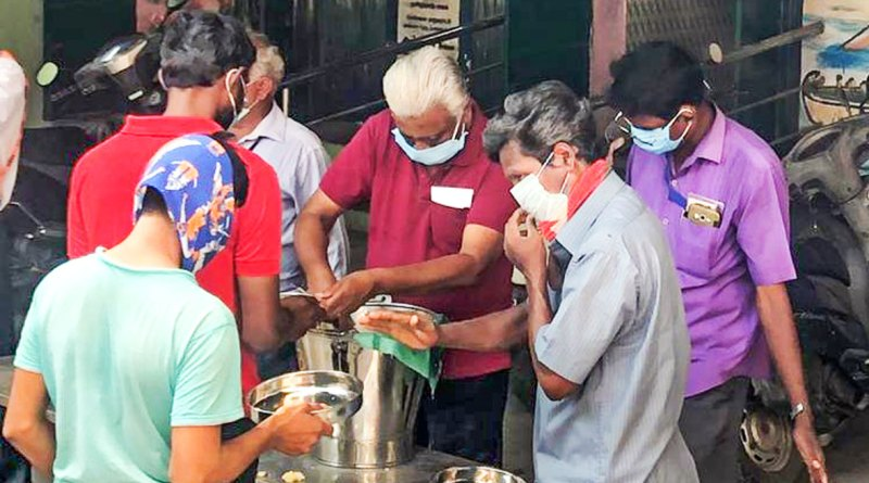 RC-Madras-Marina-feeds-migrants-at-shelter-camps