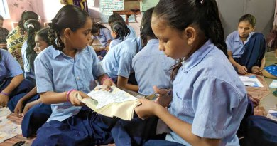 Children learn to make cloth sanitary pads — a project of D 3060 (file photo).