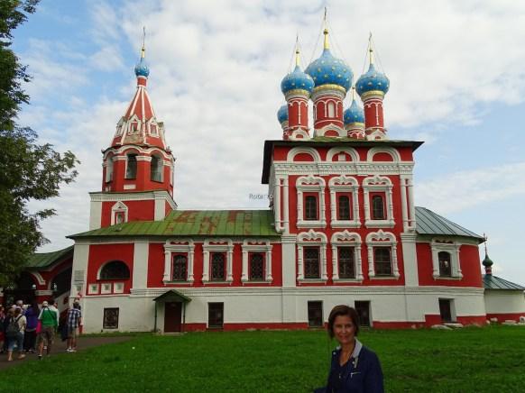 Korkunç İvan'ın oğlu Dimitri'nin 9 yaşında öldürüldüğü yere yapılann Kan Kilisesi