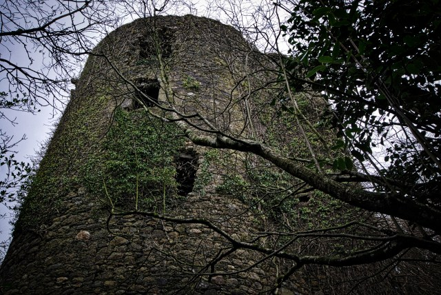 Coolhill Castle