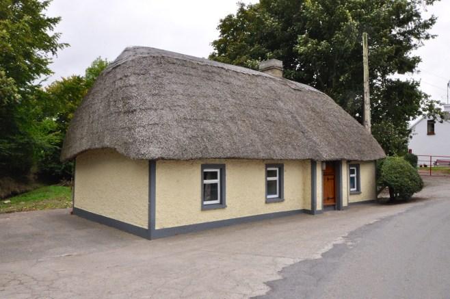 thatched-village11