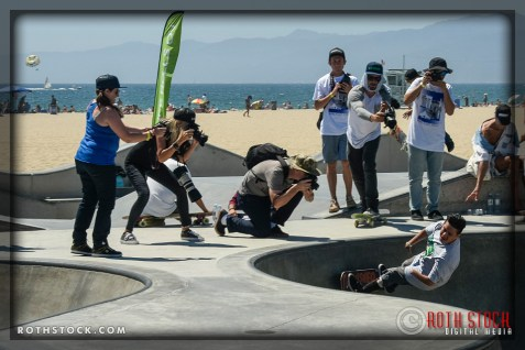 "Oscar Loreto performs at Life Rolls On ""They Will SKATE Again"""
