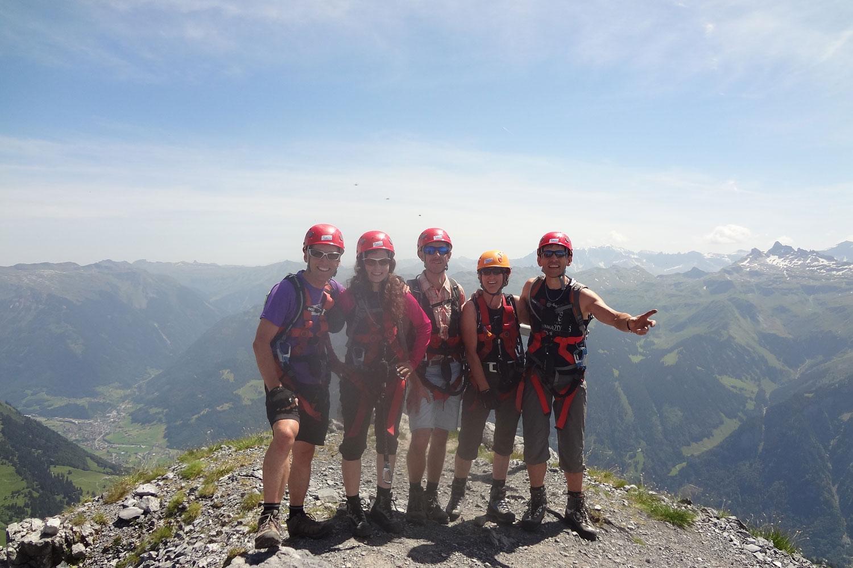 Klettersteig Braunwald : In der felswand u2013 klettersteig braunwald rotscherbikeblog