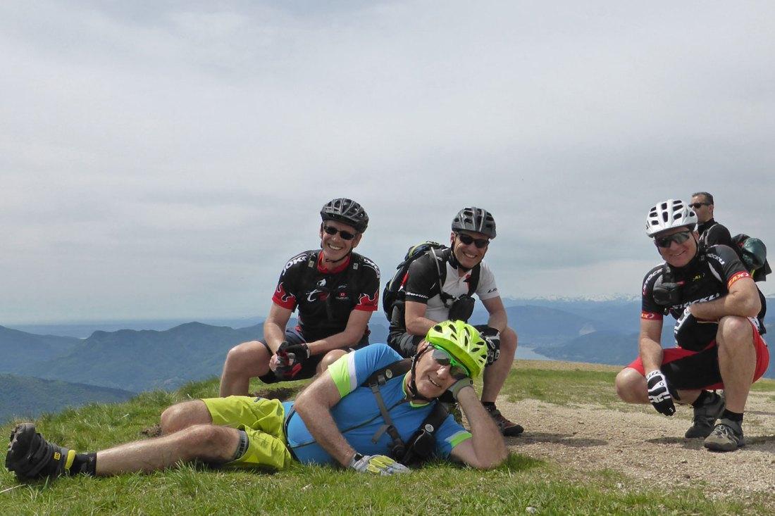 Gipfel(i)-Stürmer auf dem Monte Lema - immer gut gelaunt
