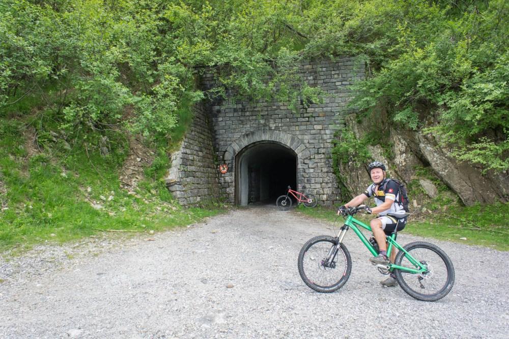 Grenztunnel
