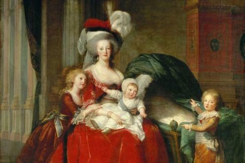 Marie-Antoinette-Children-x1-56466456-56b831803df78c0b1365084d