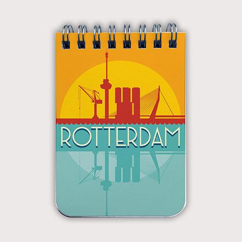 Notitieboekje A7 met het silhouet van Rotterdam