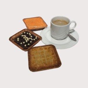 Assorti boterkoek, brownie en worteltaart - Verzendbanket - Rotterdampakketten