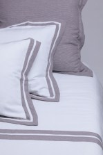 Bed - Duvet & Pillow Detail, Terra