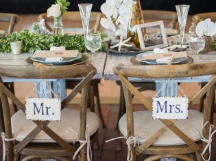 Our wedding catering services include helping to put your special touch on all the details.