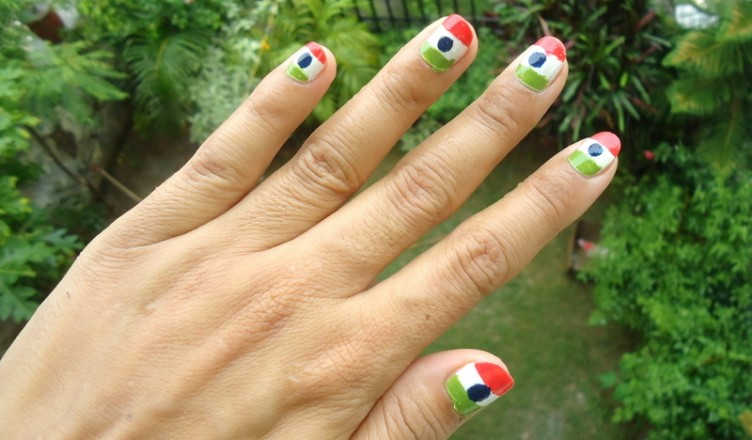 Diy Nail Art Tricolor Nails On Independence Day August 15