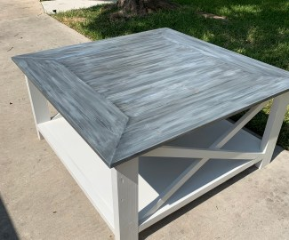 DIY Farmhouse coffee table