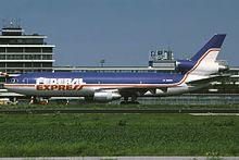 220px-McDonnell_Douglas_MD-10-30(F)_Federal_Express_(FedEx)_N306FE,_AMS_Amsterdam_(Schiphol),_Netherlands_PP1262199607