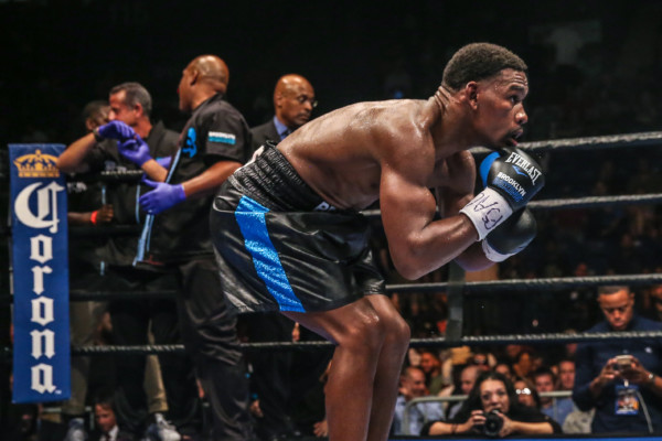 Jacobs Stops Mora, Easter vs. Commey Steals the Show