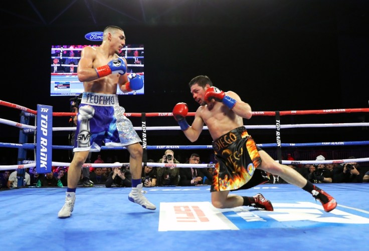 Image result for Teofimo Lopez took on Diego Magdaleno