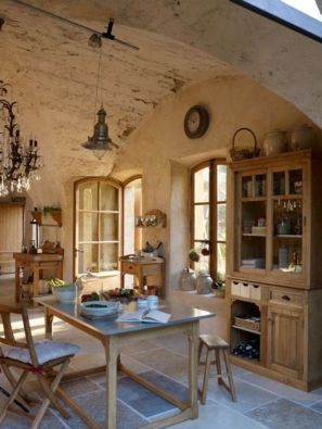Charming and beautiful provence dining spaces (20)