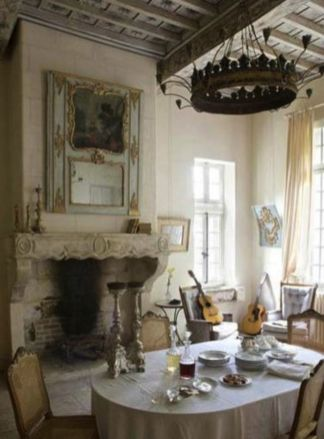 Charming and beautiful provence dining spaces (24)