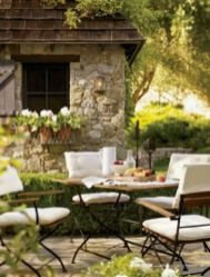 Charming and beautiful provence dining spaces (3)