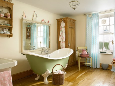 Bathroom in donna & paul flower's farmhouse located near bideford in devon.