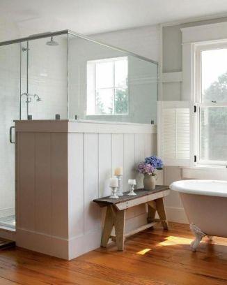 31 cozy and relaxing farmhouse bathroom design ideas for Cozy bathroom designs