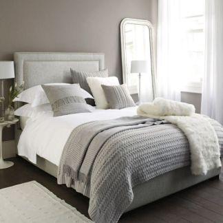 Relaxing neutral bedroom designs (23)