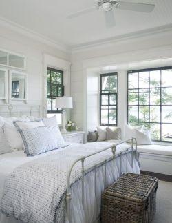 Relaxing neutral bedroom designs (32)