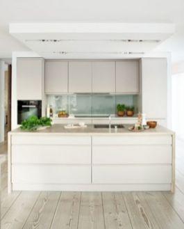 Simple but smart minimalist kitchen design (3)