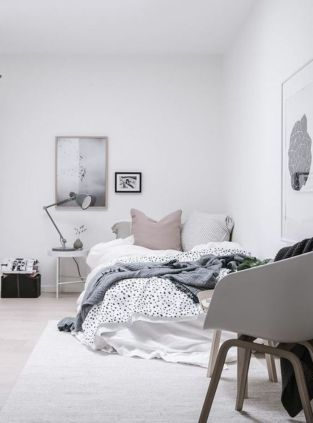 Stylishly minimalist bedroom design ideas (28)
