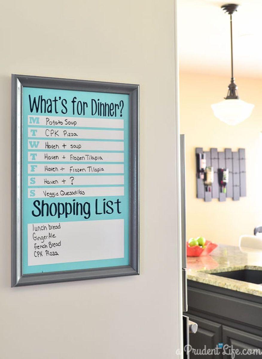Best inspiring college apartment decoration ideas 06