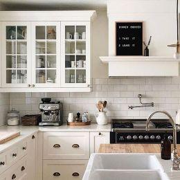 Modern farmhouse kitchen design ideas 22