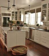 Modern farmhouse kitchen design ideas 46