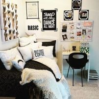 Stylish stylish black and white bedroom ideas (57)