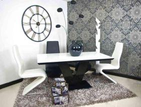 Amazing black and white furniture ideas 40