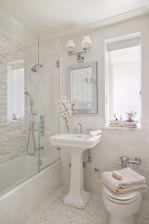 Amazing guest bathroom decorating ideas 33