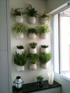 Amazing indoor wall herb garden ideas (18)