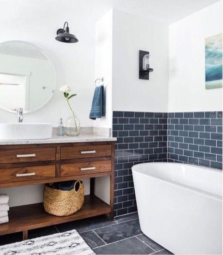 Bathroom vanity ideas with makeup station 27