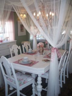 Beautiful shabby chic dining room decor ideas 47