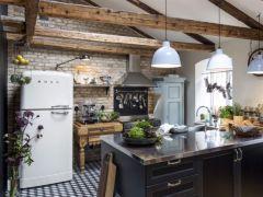 Brick kitchen 14