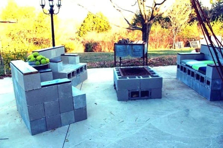 Cinder block furniture backyard 34