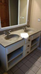 Cool bathroom counter organization ideas 04