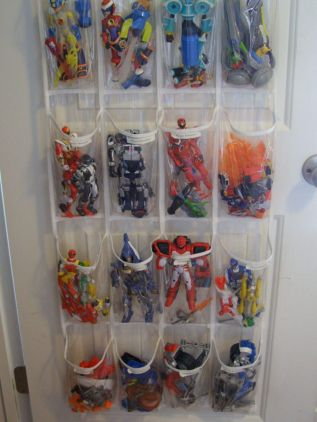 Creative toy storage ideas for living room 53
