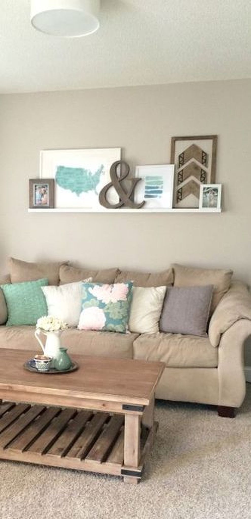 Cute apartment bedroom ideas you will love 24 - ROUNDECOR on Simple But Cute Room Ideas  id=80822