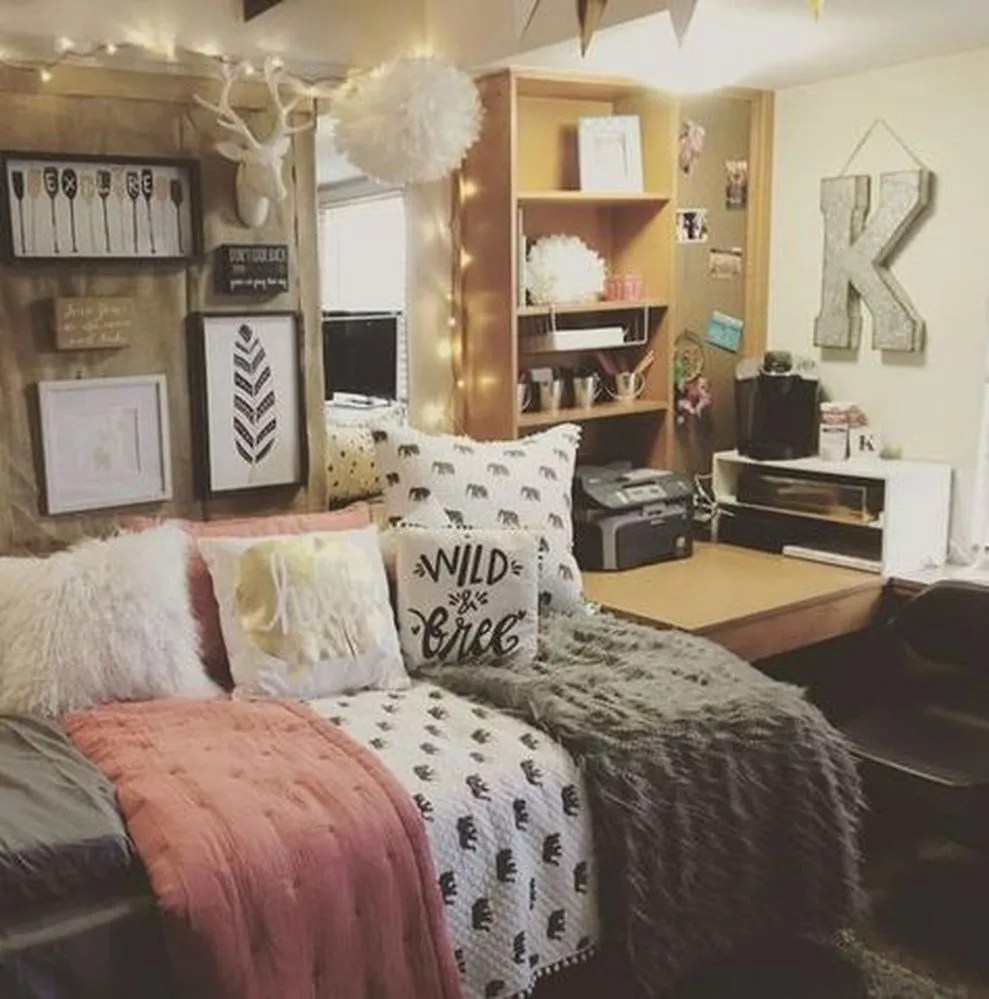 Cute apartment bedroom ideas you will love 38 - ROUNDECOR