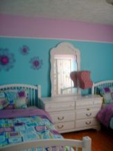 Cute bedroom design ideas with pink and green walls 26