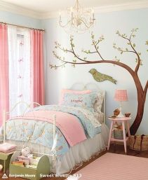 Cute bedroom design ideas with pink and green walls 31
